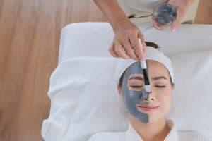 טיפול פנים בתל-אביב